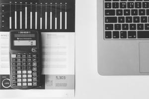 Szybki zysk czy niepotrzebne ryzyko – czy warto inwestować w lokaty